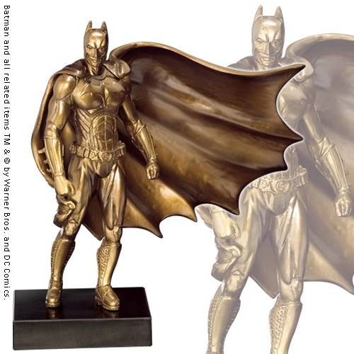 Batman Begins bronzen sculptuur