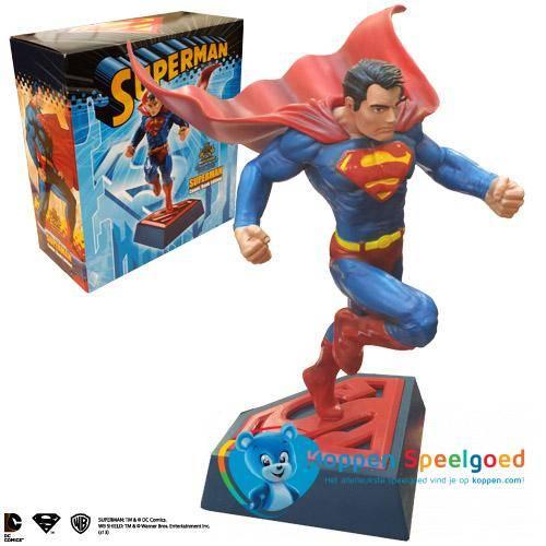 Superman - Stripboek sculptuur