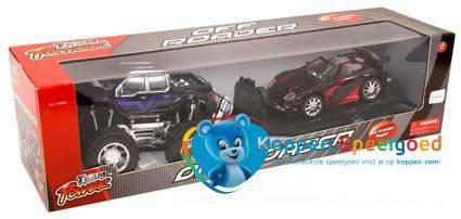 Jeep met aanhanger en auto