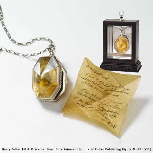 The Locket from the cave